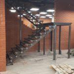 заказать металлическую лестницу, изделие из металла, наружная рекламная конструкция